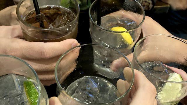 ドラッカーの名古屋オフ会の乾杯写真